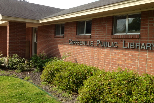 Coffeeville-Public-Library-front-2-5-8-2014